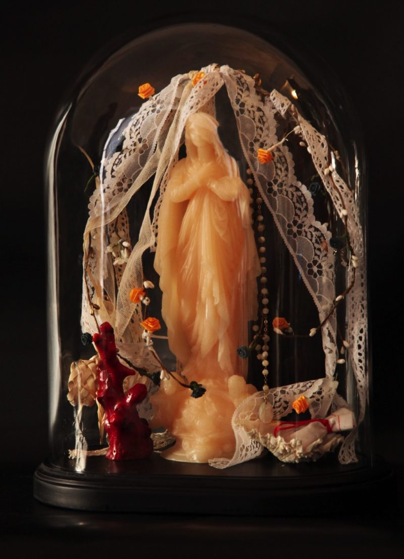 HostedByJL - Galerie d'art en ligne - Zia Antonia - Globe - Mariage - mariée - Bastia