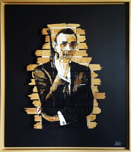 HostedByJL - Galerie d'art en ligne - Mr One teas - James Bond - grafitti sur bois