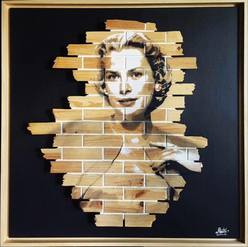 HostedByJL - Galerie d'art en ligne - Mr One teas - Grace Kelly - grafitti sur bois
